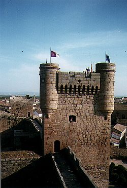 Oropesa - square tower.jpg