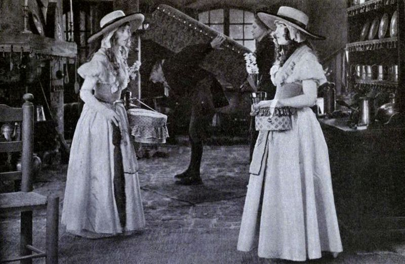 File:Orphans of the Storm (1921) - 12.jpg
