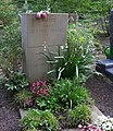Otto Nemitz -grave2.jpg