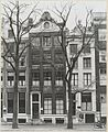 Overzicht twee grachtenhuizen - Amsterdam - 20319357 - RCE.jpg