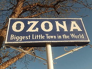Ozona, Texas - Ozona welcome sign