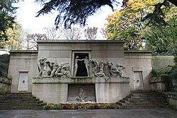Albert Bartholomé: Monument to the Dead of Père Lachaise