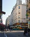 P1160897 Paris XVII rue de Lévis rwk.jpg