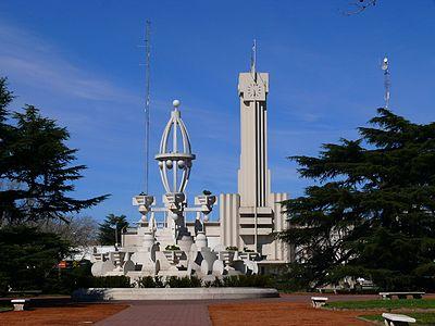 Palacio Municipal de Laprida, vista desde la plaza