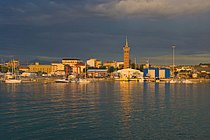 Panorama del porto di Civitanova Marche.jpg