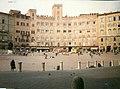 Panorama di piazza di Siena 04.jpg
