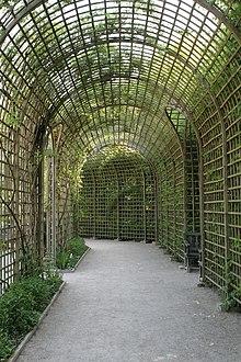 Treillage wiktionnaire for Jardin wiktionnaire