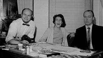 Spede Pasanen - Pertti Pasanen (left) with Aune Haarla and Antero Alpola at Yleisradio's entertainment division in 1960.
