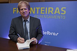 Paul Bloom no Fronteiras do Pensamento Florianópolis 2014 (15062511061).jpg