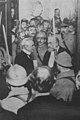 Paul Deschanel félicité après son élection à l'Élysée.jpg