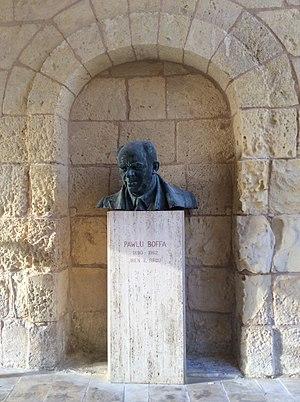 Paul Boffa - Pawlu Boffa Monument at Birgu entrance