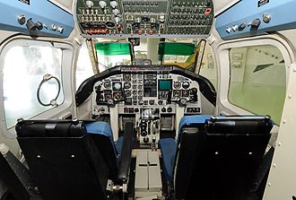 Piaggio P.166 - flight deck