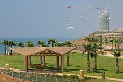 PikiWiki Israel 2898 Netanya טיילת המצוק בנתניה.jpg