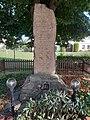 Pomník padlým ve Zdechovicích.jpg