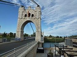 Pont penjant d'AmpostaP1050909.JPG