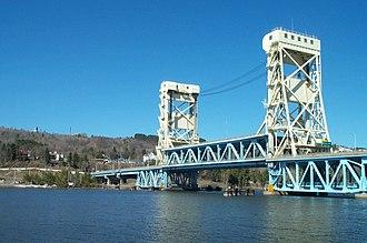 Portage Lake Lift Bridge - Image: Portage Lake Lift Bridge