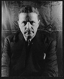Portrait of Arthur Davison Ficke LCCN2004662870.jpg