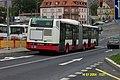 Praha, Kobylisy, Irisbus Citybus KL 6525 stojí na křižovatce.jpg