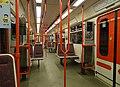 Praha, interiér vozu metra, linka A.jpg