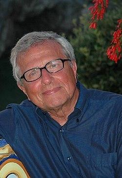 Prof. Carlo Flamigni.jpg
