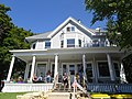 Queen Anne Style House - panoramio - Corey Coyle (1).jpg
