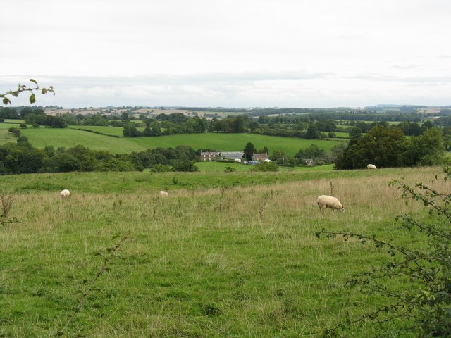 Red Hill Farm and fields - geograph.org.uk - 955276