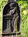 Relief på gravminde (Mo kirke).JPG