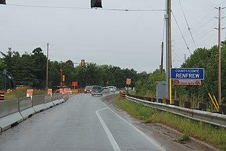 Renfrew County - Entering Renfrew County from Quebec on QC148