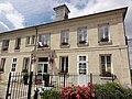 Ressons-le-Long (Aisne) mairie-école.JPG