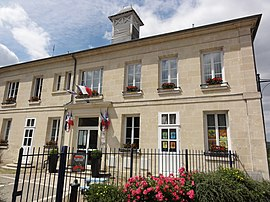 The town hall and school of Ressons-le-Long
