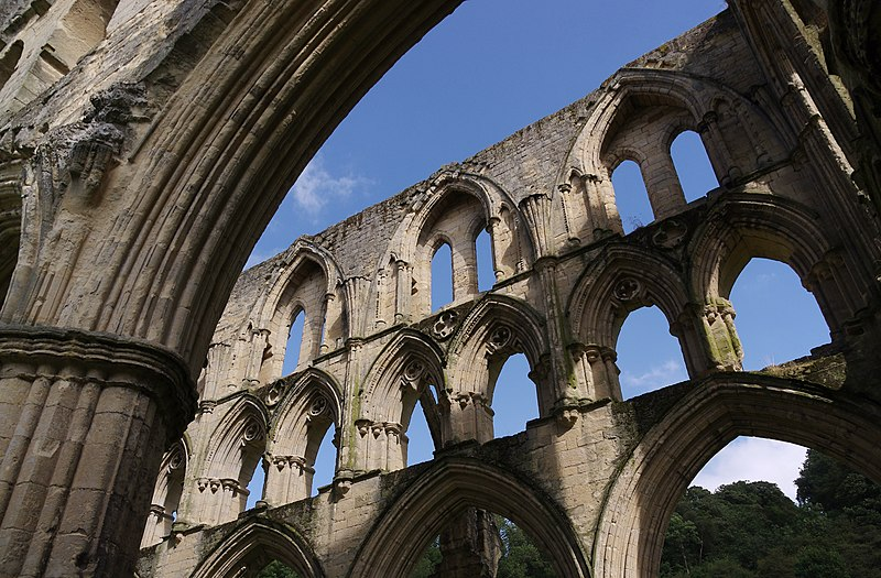 File:Rievaulx Abbey MMB 17.jpg