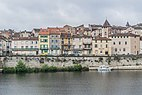 Right bank of Lot River in Cahors 03.jpg