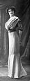 Robes du soir par Redfern 1910 R cropped.jpg