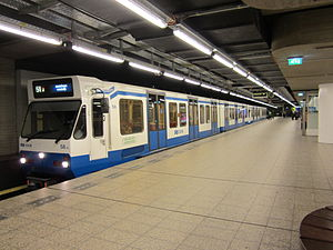 Route 51 at Centraal Station.JPG