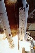 STS-011 shuttle.jpg