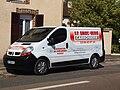 Saint-Denis-lès-Sens-FR-89-véhicule du carrossier-05.jpg