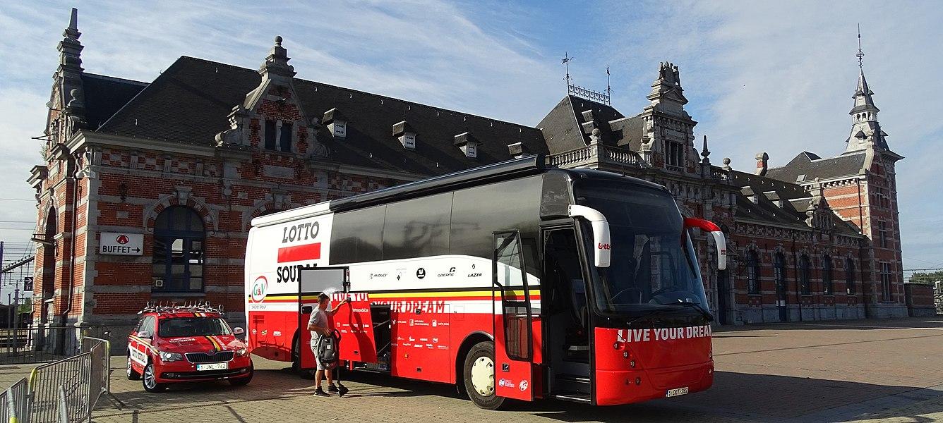 Reportage réalisé le mercredi 22 juillet à l'occasion du départ du Grand Prix Pino Cerami 2015 à Saint-Ghislain, Belgique.
