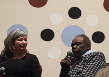 Sam Gilliam falando em AU Katzen Centro, 2018