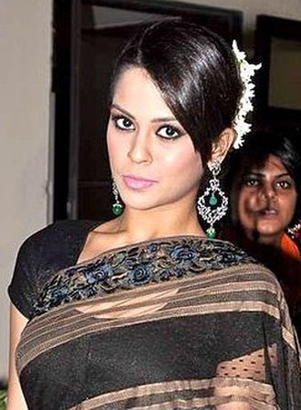 Sana Saeed - Saeed at the Global Peace Fashion Show, 2013
