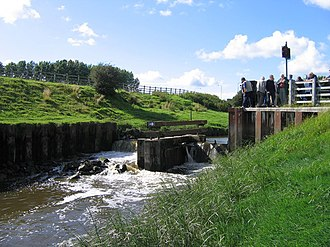Lea, Lancashire - Image: Savick Brook navigation weir; Ribble Link geograph.org.uk 949603