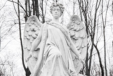 Sculpture of Vvedenskoye Cemetery (5).jpg