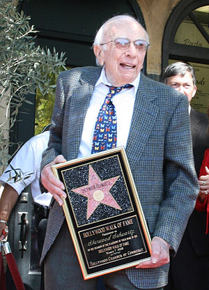 Sherwood Schwartz - Schwartz receiving his star on the Hollywood Walk of Fame (2008)