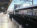 Shizuoka-railway-Kusanagi-station-platform-20101223.jpg