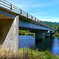 Siuslaw River Bridge on Highway 126 (28367452733).jpg