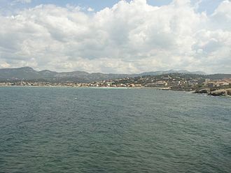 Six-Fours-les-Plages - Six-Fours (and Sanary on the left) seen from Cap Nègre