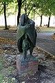 Skulptur Klosterstr 73a (Mitte) Mutter und Kind Theo Balden 1965.jpg