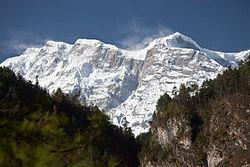 Snow blowing off of Annapurna 2 (4518930340).jpg