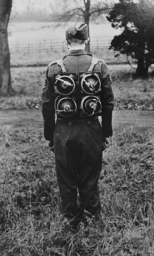 Cecil Vandepeer Clarke - Soldier with limpet mines on his back