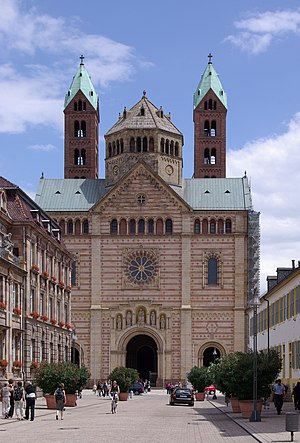 Imperial Cathedrals - Image: Speyer Dom BW 11