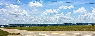Spirit of St. Louis Airport - Image: Spirit of St. Louis Airport 2
